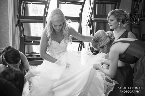 """3 Questions Every Couple Should Ask Their Wedding Photographer<span class=""""wtr-time-wrap block after-title""""><span class=""""wtr-time-number"""">3</span> min read</span>"""