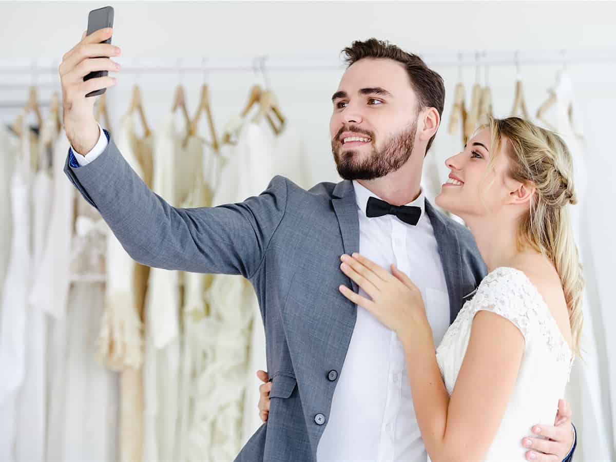 """Always Up-To-Date Guide to Wedding Planning Tools<span class=""""wtr-time-wrap block after-title""""><span class=""""wtr-time-number"""">31</span> min read</span>"""