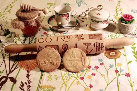 kitchen-gadgets-for-your-wedding-registry-engraved-rolling-pin