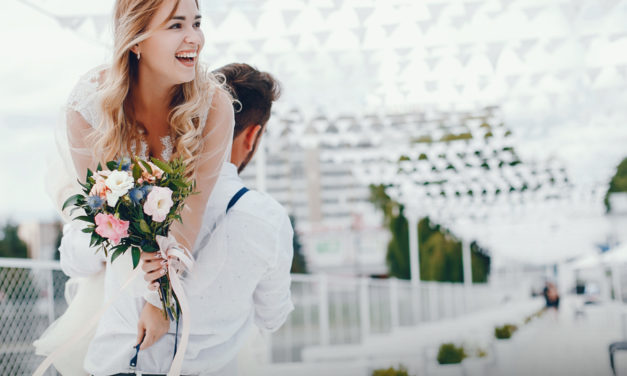 Wedding Weekend Timeline – Keep Your Guests Informed!