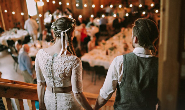 10 Ways To Spend Quality Time With Your Wedding Guests